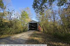 2015-10-16 1158 (Badger 23 / jezevec) Tags: pictures travel bridge vacation tourism arquitetura architecture rural america puente photography photo arquitectura midwest unitedstates image photos indiana images ponte american covered coveredbridge architektur pont brug thingstodo brcke   architettura architectuur arkitektur 1100  destinations midwestern architektura silta   arhitektura ponticello pontcouvert  pontecoberta        arhitektuur overdektebrug   lvka puentecubierto berdachtebrcke stavebnictv overdkketbro katettusilta    dekketbroen pokrytemostu  omfattasbro