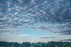 Coucher de Lune - HDR (Denis Vandewalle) Tags: sky moon clouds lune landscape ciel nuages paysage hdr moonset skyview pentaxk5