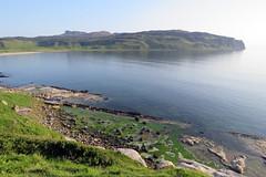 Basalt dykes, Bay of Laig (Rodents rule) Tags: scotland highlands eigg bayoflaig basaltdyke