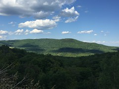 IMG_1708 (daach14@sbcglobal.net) Tags: usa vermont nature outdoor green photo trip travel sky blue woods trees forest beauty life moutain rock rocks view iphone6 panorama