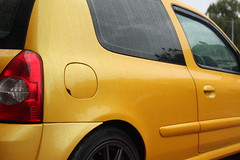 LY 182 Beading 3 (AcidicDavey) Tags: yellow clio renault liquid 182 renaultsport