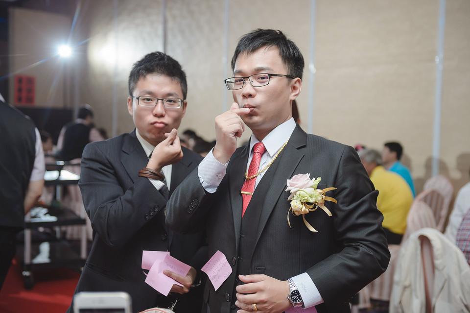 婚禮攝影-台南情定婚宴城堡永康館-52