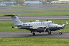 090640 Beechcraft MC12W USAF (GSairpics) Tags: scotland king aircraft military air aeroplane beechcraft usaf beech mil prestwick pik div diversion ayrshire kingair mildenhall egpk beech350 b350 mc12w 090640 fl640