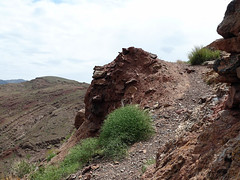 Rockhopping in Abyaneh - the top. (praccus) Tags: mountains iran persia abyaneh rockhopping rockfaces centraliran