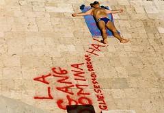(dragoncello64) Tags: graffiti uomo salento puglia