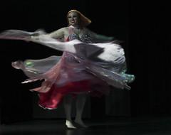 Dana do Ventre (alnero) Tags: brazil woman girl brasil canon eos rebel 50mm dance dof mulher sp garota bellydance dana andr santo ruiva t3i danadoventre
