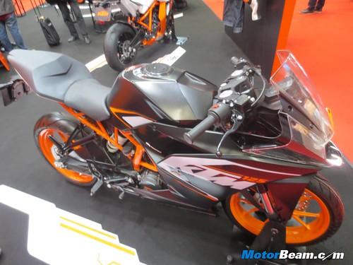 KTM-Tokyo-Motor-Show-2013-21