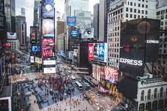 IMG_3279.jpg (mrcury) Tags: newyorkcity usa architecture places photoblog timessquare luoghi thechatteringclasses albumnyc newyork2013 merriottmarquishotel