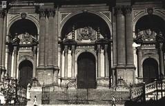Fachada principal de la Catedral de Mlaga (Archivo Fotogrfico Municipal de Mlaga) Tags: catedral monumentos mlaga arquitecturareligiosa