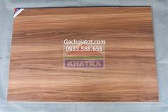 Gạch gỗ nâu bóng mẫu mới (60x90)
