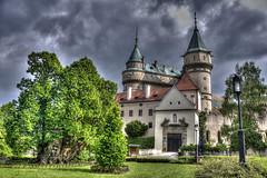 Castello di Bojnice (socrates197577) Tags: nikon europa nuvole castello hdr castelli nuvoloso photomatix slovacchia mygearandme