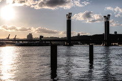 ------l-i--l--i-- (Jrmie POUTRAIN) Tags: road bridge sunset river soleil dock crossing horizon pillar bank route rouen pont normandie normandy quai couchant fleuve rive pillier franchissement