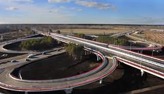 Развязка на улице Московский тракт в Тюмени. Построена в рекордные сроки для российского мостостроения – всего за полгода