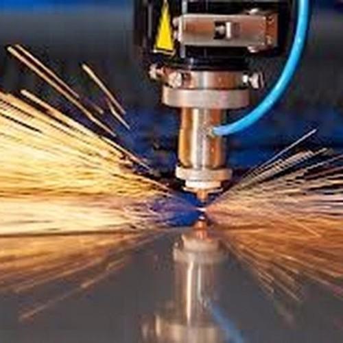Salah satu proses Cutting laser di logam, dengan mesin ini Kreatifitas mu akan tanpa batas bahkan di material logampun kamu bisa berkreasi. Detail di www.lemueldigiprint.blogspot.com