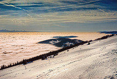 The sea  of clouds ,and the Jura mountains at winter time. Taken from the  Chasseral. La mer de brouillard en hiver, vue depuis le Chasseral (Izakigur) Tags: winter white snow ice nature clouds liberty schweiz switzerland nikon europa europe flickr skies suisse suiza swiss feel free bleu suíça helvetia nikkor svizzera lepetitprince chasseral thelittleprince romandie ilpiccoloprincipe lasuisse nikond200 100faves 200faves سويسرا skyfall 300faves 400faves izakigur nikkorafs1755f28ged