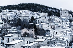 Secinaro - Gennaio 2015 -6 (MarcoLis) Tags: old house snow canon evening italia case abruzzo sera 6d veve paese secinaro