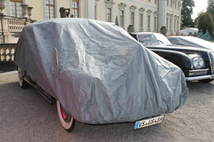 Chevrolet 2-door Aerosedan Fleetline (1948) (Mc Steff) Tags: chevrolet 2door aerosedan fleetline 1948 retroclassicsmeetsbarock2014 hidden verhüllt