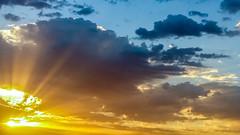 sunrise uae abudhabi mobiletest galaxya5 (Photo: Moh'd Ibrahim on Flickr)