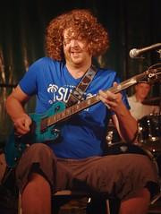 The music man (Pics4life.nl off and on next week) Tags: blue light red man colors focus muziek gitaar