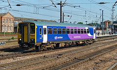 Northern Rail 153330 (dgh2222) Tags: station class doncaster 153 153330