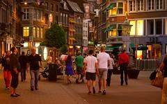 Namur en Mai (Yasmine Hens) Tags: night europa flickr belgium ngc nuit namur hens yasmine wallonie namurenmai iamflickr flickrunitedaward hensyasmine scenderue