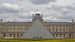 2016.04.14.098 PARIS - Palais du Louvre (alainmichot93 (Bonjour  tous)) Tags: 2016 france ledefrance seine paris palais palazzo palace louve pyramide architecture