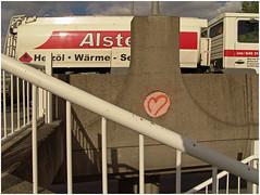 hamburg 5 (beauty of all things) Tags: signs hamburg trucks railings herz zeichen lkw gelnder raumunordnung