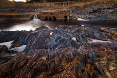 Amanecer en las Rocas Rojas... (protsalke) Tags: longexposure red wild color nature water beautiful sunrise river landscape flow spain rocks earth riotinto dramatic andalucia oxides ndfilter neutraldensity wildnature