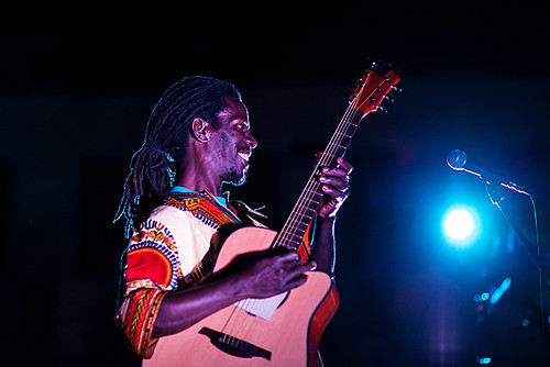 Abdoulaye Samb & Minnjiaraby in concerto