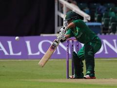 Womans_ODI_0026 (john.mallett) Tags: cricket ecb odi englandvpakistan womanscricket englandwoman fischercountyground