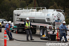 Storing Spilled Oil in Ventura (Greenpeace USA 2016) Tags: oil spill pipeline fossilfuel ventura california pollution cleanup crude ca usa