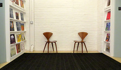 Never The Twain Shall Meet (Robert Saucier) Tags: newyorkcity white newyork wall beige chairs manhattan galerie magazines mur blanc chaises img2215