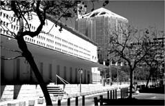 A gauche, CAC Centro de Arte Contemporaneo, Calla Alemania, Malaga, Espana (claude lina) Tags: claudelina espana spain espagne andalucia andalousie malaga architecture cac centrodeartecontemporaneomalaga