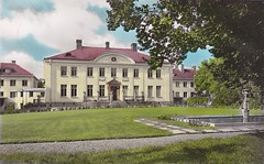Old postcard Solhjden Berga Sweden 50s (annkarlstedt) Tags: old house building hospital fifties sweden postcard swedish 1950s 50s sverige 50 manor 1950 tal svensk berga gammal gammalt vykort herrgrd byggnad brevkort svenskt lgsjn elsabo sjukhem solhjden elgsjn jrnvgmnnens
