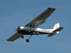 G-BOSO CESSNA A152 AEROBAT (BIKEPILOT) Tags: flying airport aircraft aviation aeroplane airfield aerodrome blackbushe eglk cessnaa152aerobat gboso