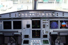 A321 Cockpit (Kingsley's Ministry) Tags: cockpit airbus airberlin a321