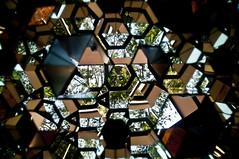 LABIRINTO DE ESPELHOS -  (18) (ALEXANDRE SAMPAIO) Tags: light luz linhas brasil arte imagens mosaico contraste fractal beleza colagem formas desenhos franca reflexos fantstico espelhos ritmo volume experimento criao detalhes montagem iluminao geometria realidade labirinto formao irreal cubismo tridimensional composio multiplicidade recortes criatividade estrutura imaginao esttica pontodevista possibilidade experimentao caleidoscpio fragmentos deformao inteno mltiplo fragmentao transcendncia irrealidade alexandresampaio intencionalidade labirintodeespelhos