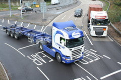 Maritime Container Transport (Ryan's Randoms) Tags: docks mercedes volvo container lorry maritime depot vans v8 containers highline scania streamline daf lorries topline marchwood m271