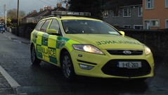 HSE Ireland, Ford Mondeo Estate, Ambulance Service Vehicle, Lifford, Ennis. (firehouse.ie) Tags: county ireland rescue bus cars ford car clare 911 ambulance vehicles health doctor vehicle service paramedics ennis emergency ra paramedic executive 112 munster rettungswagen unit 999 ambulances hse notarzt malteser lifford krankenwagen