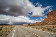 We're driving into *THAT*??!?!? (Squirrel Girl cbk) Tags: road cliff usa storm rain clouds utah october sandstone canyonlandsnationalpark leadinglines triassic moenkopiformation wingatesandstone needlesdistrict chinleformation
