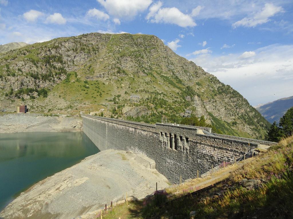 L'hydroélectricité, un patrimoine à étudier ! Les barrages et les centrales de Savoie côté ethnologie : découvrez les études soutenues par la Fondation Facim.