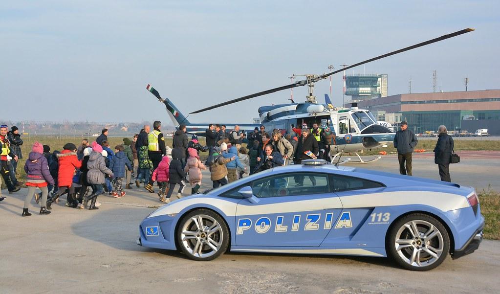 The World S Best Photos Of Lamborghinipolizia Flickr Hive Mind