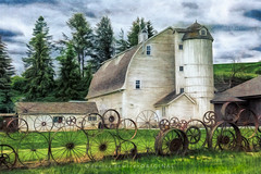 Dahmen Barn (DeniseDewirePhotography) Tags: trees sky painterly texture clouds barn washington wheels artisans uniontown dahmen topazlabs niksoftware artisticedit dahmenbarn