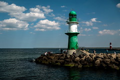 Breakwater Lights (g_heyde) Tags: lighthouse clouds warnemnde balticsea sl mole ostsee leuchtturm breakwater mecklenburgvorpommern molenfeuer breakwaterlight