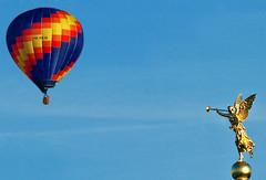 The same procedure as every day (niedersachsenfoto) Tags: dresden ballon heisluftballon engel kunstakademie blasinstrument phama niedersachsenfoto