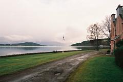 (Carla Andrea Tamara Tonesi) Tags: film 35mm lago scotland nikon escocia loch f80 inverness ness higlands