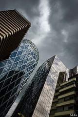 La_Defense_0616-101-2 (Mich.Ka) Tags: urban abstract paris building architecture cityscape ladefense reflet ville immeuble urbain abstrait grafic graphique