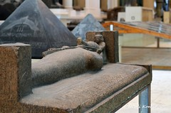 Merenptah and a goddess (konde) Tags: art museum goddess granite sarcophagus coffin ancientegypt tanis newkingdom 19thdynasty merenptah 21stdynasty thirdintermediateperiod psusennesi sarkofagi