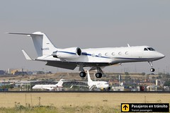 Gulfstream IV (Ana & Juan) Tags: closeup canon private airplane airport aircraft aviation airplanes landing planes spotting gulfstream aviones aviacin spotters spotter vimadridspotterday