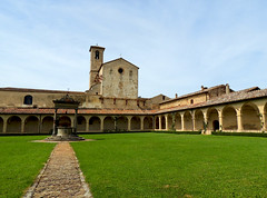 Certosa di Pontignano - 1 (anto_gal) Tags: grande chiesa siena toscana sanpietro chiostro certosa 2016 pontignano castelnuovoberardenga